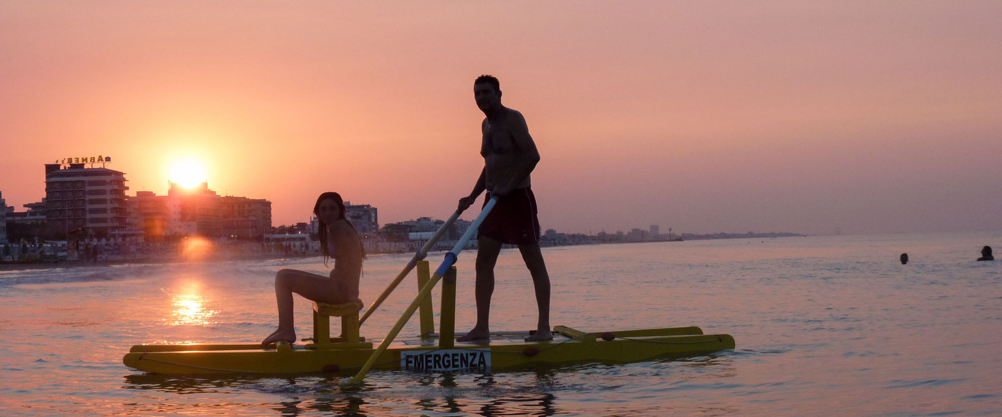 http://www.spiaggia53.it/wp-content/uploads/2017/02/slider-spiaggia53-2.jpg